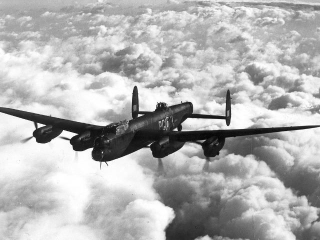 Avro_Lancaster_Mk_1_ExCC.jpg