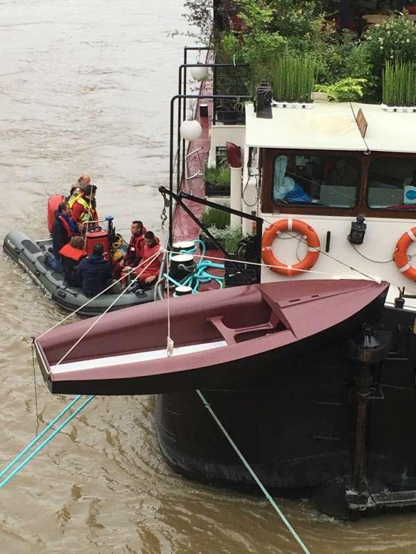 bateau-inondation.jpg
